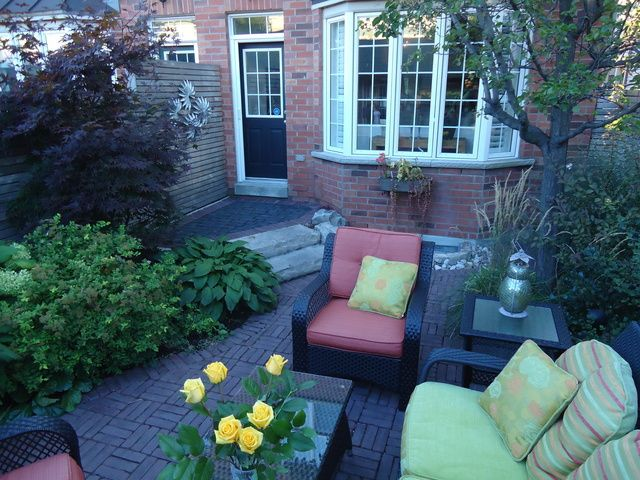 So Green Canada (Landscape design / Build) has 22 reviews and average rating of 9.95455 out of 10 Toronto area