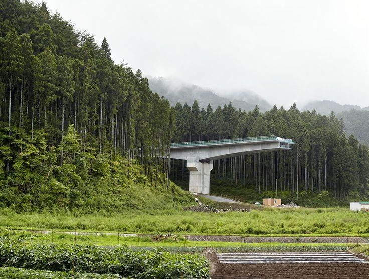 Osabe, construction de la nouvelle autoroute. 2015. Fukushima