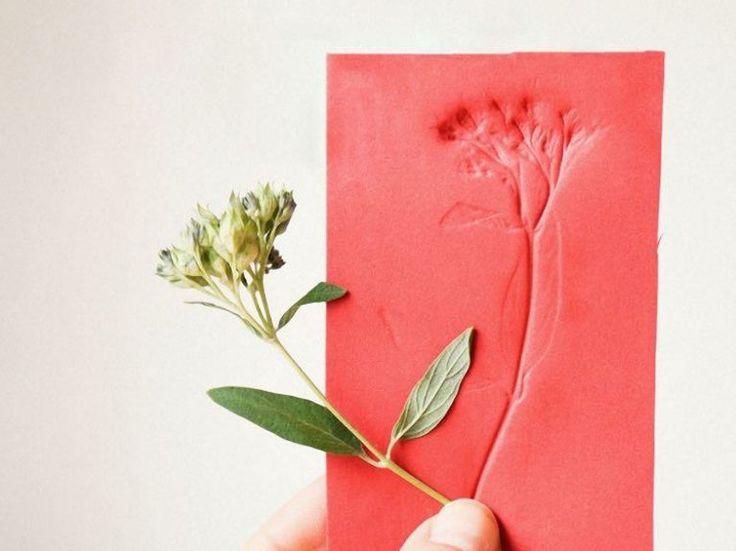 DIY-Anleitung: Moosgummi-Druck selber machen, Blumenstempel / DIY-tutorial: crafting a foam rubber print, flower stamp via DaWanda.com