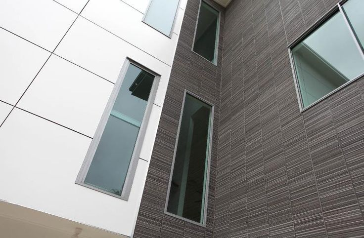 Designer Series i-Cube is an external walling solution for your building.