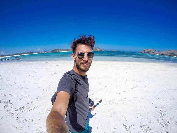 White sand & blue sky  Shot with @gopro 4 • • #igerslombok #potrebali #360bali #baligasm #Balilife #balicili #explorebali #BDTeam #balidaily #balibucketlist #bali #gopro #INDONESIA_PHOTOGRAPHY #goprohero4 #travellingthroughtheworld #TLAsia...