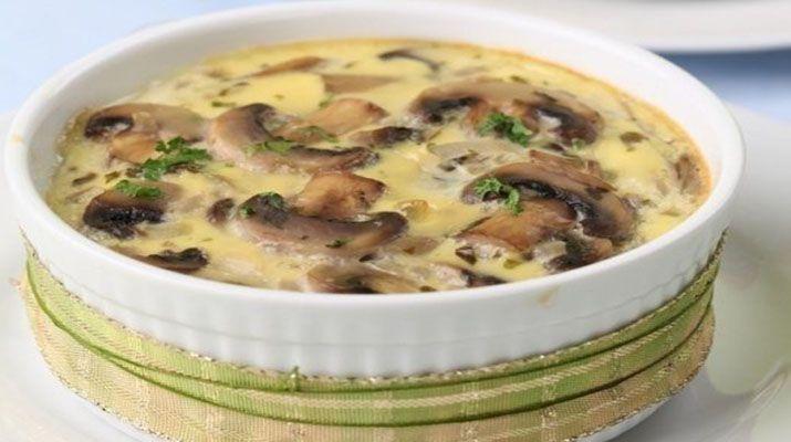 Жюльен из грибов готовится несложно, давайте попробуем приготовить, побалуем себя любимых.