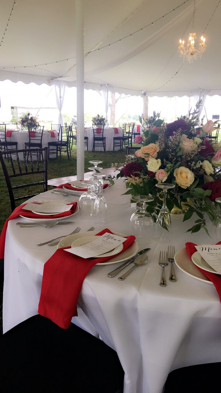 Wedding Venue Inn In Cynthiana Kentucky That Also Hosts Private Events And Overnight Guests At BB Historic House Breakfast Dinner Bride Farm