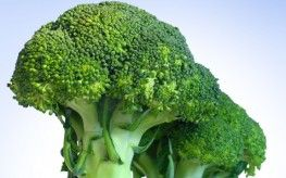 Eating Broccoli Reduces Risk of Cardiovascular Disease, Heart Issues