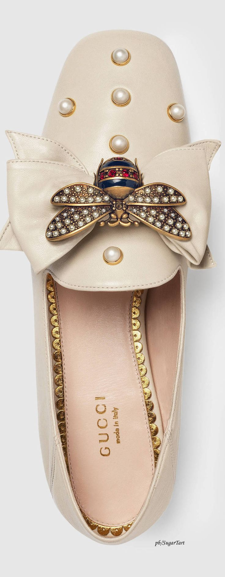 Light Leather Ballet Flat w/Bow