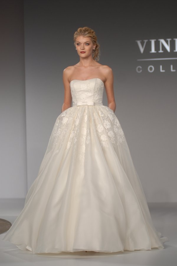 From The Priscilla Of Boston Vineyard Collection Dress Is Called Morgan So Sad They Shut Down Time For My Preowned Hunt