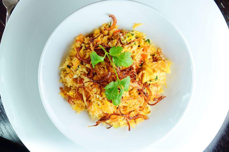 Lucknow-Style Cornfed Chicken Biryani