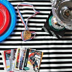 Hockey Party Table Decor