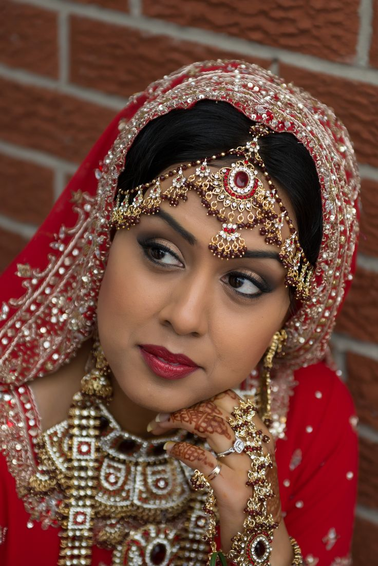 Indian Bridal Makeup Indian bridal makeup, Bridal