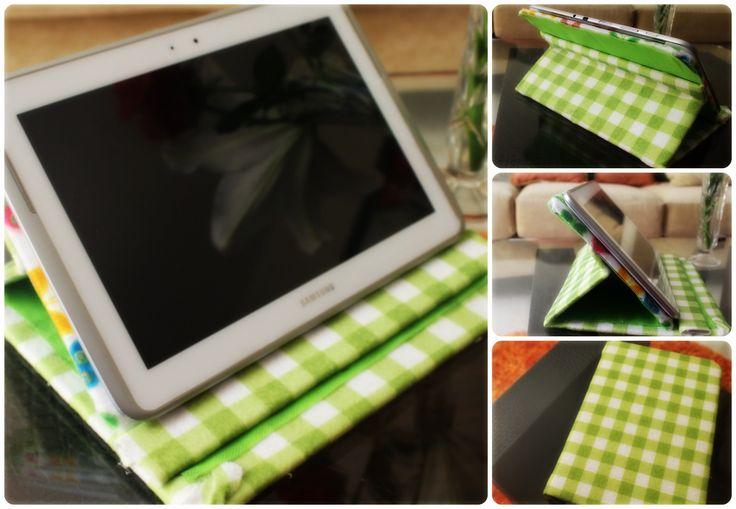 Aquí les dejo un tutorial que me pidieron: Cómo hacer una funda para tablet. Me gustaría ver sus fotos: Redes sociales Facebook: Facebook: https://www.facebo...