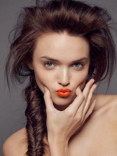 Çatlayan dudaklara ne iyi gelir, dudakları soğuktan korumak ve bakımını yapmak için öneri, formuller.