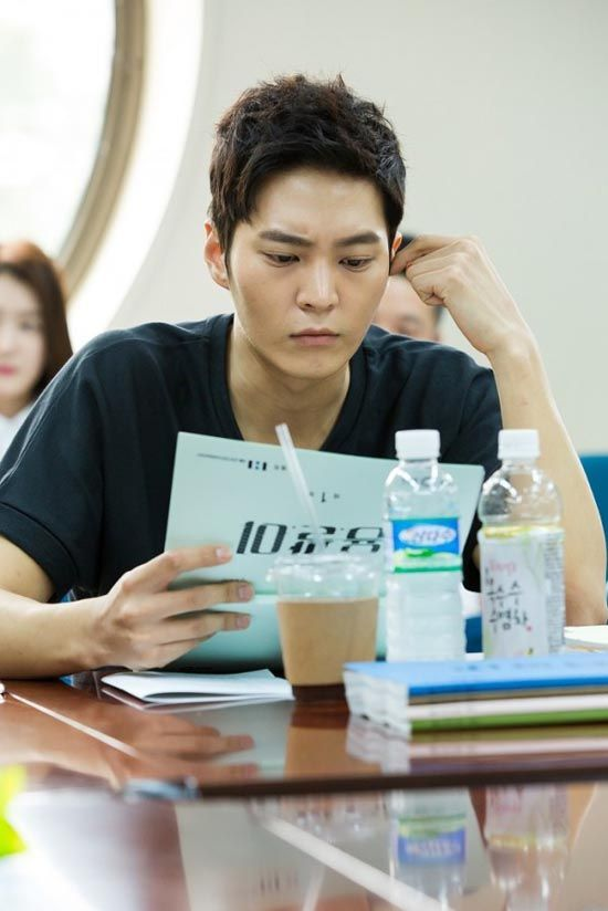 Joo-won goes on the run for Yong-pal » Dramabeans Korean drama recaps