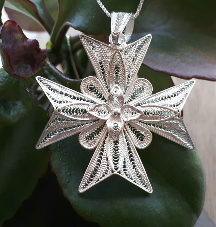 Handmade Silver Filigree Maltese Cross