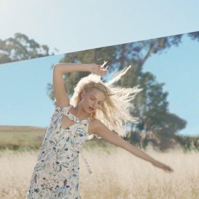 27.2 тыс. отметок «Нравится», 65 комментариев — H&M (@hm) в Instagram: «Put a meadow on your dress and swing into spring. 🌪☀️#HM»