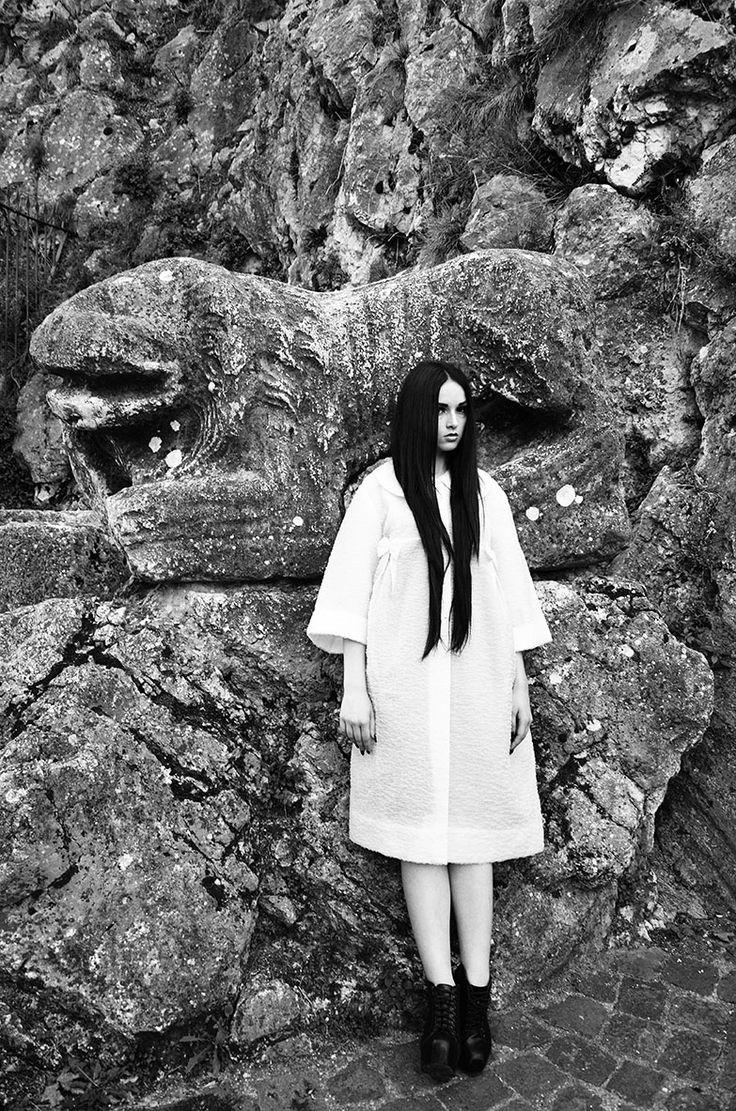 Model Dafne Rapuano Make up Nastia Goliandin Photographer Maria Carmisciano