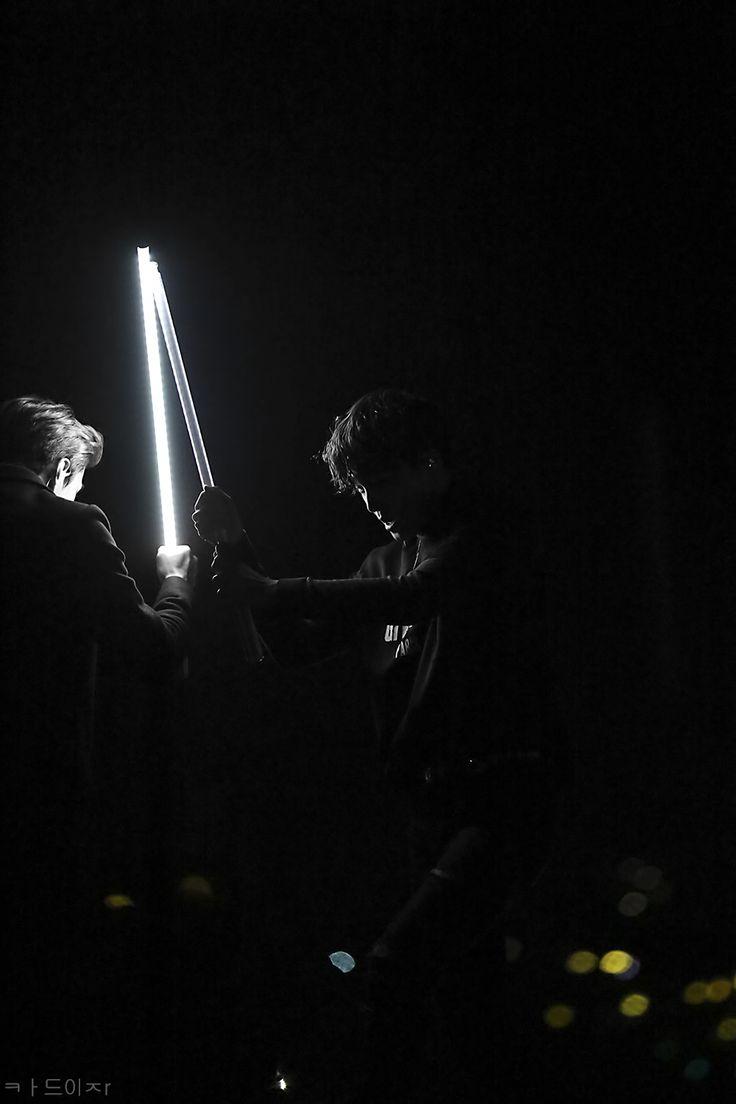 MAMA 2015 151202 : Lightsaber - Sehun and Kai