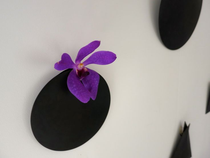 鋳物職人さんが作った花器