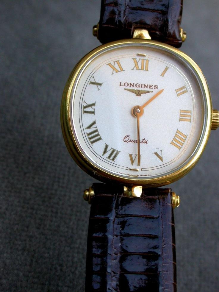 Vintage Longines Women's Watch in Solid 18K Gold  Lady's Ladies Wristwatch Watch