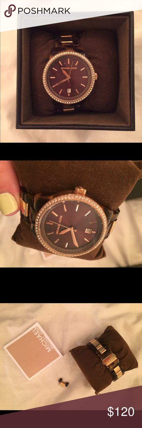 Michael Kors Watch Like new! Barely worn, no scratches. More pictures available upon request. Comes with book and 1 extra link as shown in picture. In original box. Female watch Michael Kors Accessories Watches