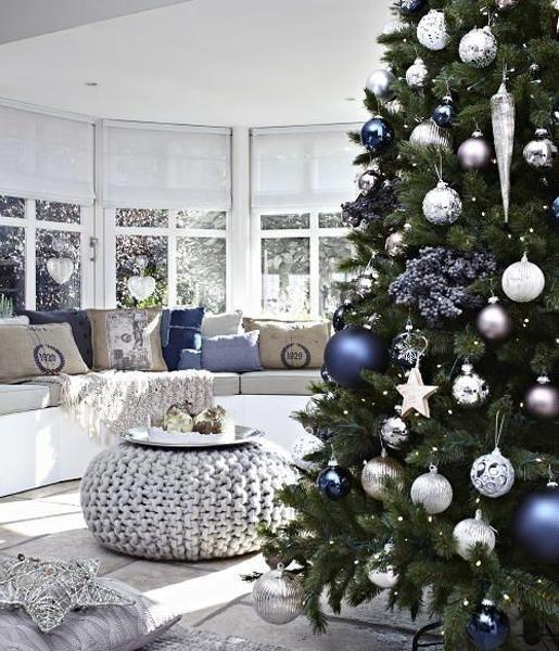 25+ unique Blue christmas trees ideas on Pinterest | Christmas ...