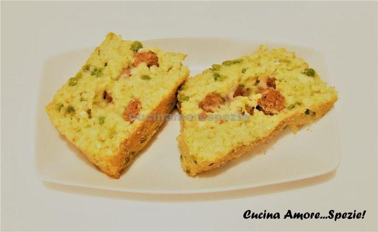 Il sartù è un piatto tipico della cucina napoletana. Ne esistono diverse varianti ed oggi voglio proporvi questa. E' veramente ricca e golosa.