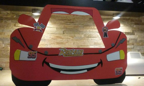 Marco de cabina de fotos de Disney Cars / por mariscraftingparty