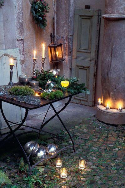 Candlelit courtyard glisten pinterest gardens for Beautiful courtyard gardens