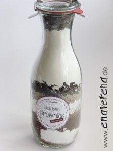 Backmischung Schokoladen-Brownies // http://enaverena.de/backmischung-im-glas/