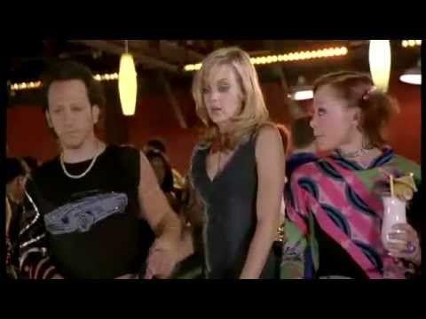 The Hot Chick - in discoteca - trailer - Anna Faris - Rachel McAdams - http://hagsharlotsheroines.com/?p=13710