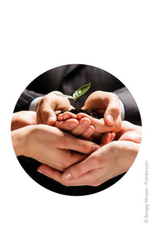 time2empower - Das Teamtraining  Eine neue Dynamik im Team entwickeln.  Die täglichenErfahrungen aller Beteiligten konsequent einbeziehen: Fähigkeiten, Kenntnisse ...die ganze Persönlichkeit.Zusammenarbeitso organisieren, wie esunswirklichentspricht:Hoch effizient,radikal subjektiv - und konsequent umsetzungsorientiert.  Ein Teamtraining, das wirkt.  Es ist höchste Zeit dafür!  Interessiert?-> Jetzt Kontakt aufnehmen! office@quodx.com