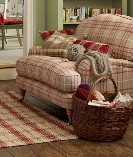 Plaid Furniture Country Living Room: The Little Cranberry Cottage On Barberry Lane: