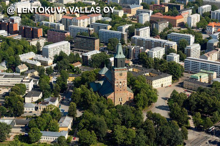Turun tuomiokirkko Ilmakuva: Lentokuva Vallas Oy