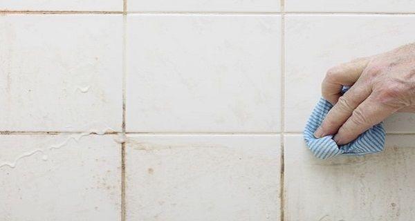 Voici comment nettoyer vos coulis avec un nettoyant naturel