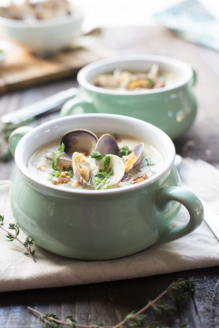 Best Ever New England Clam Chowder www.pineappleandc