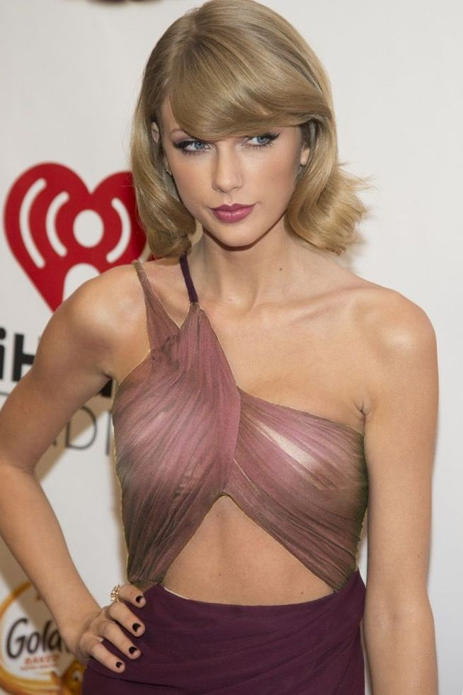 Pin By Barry On Swift In 2019  Taylor Swift Hot, Taylor -9119
