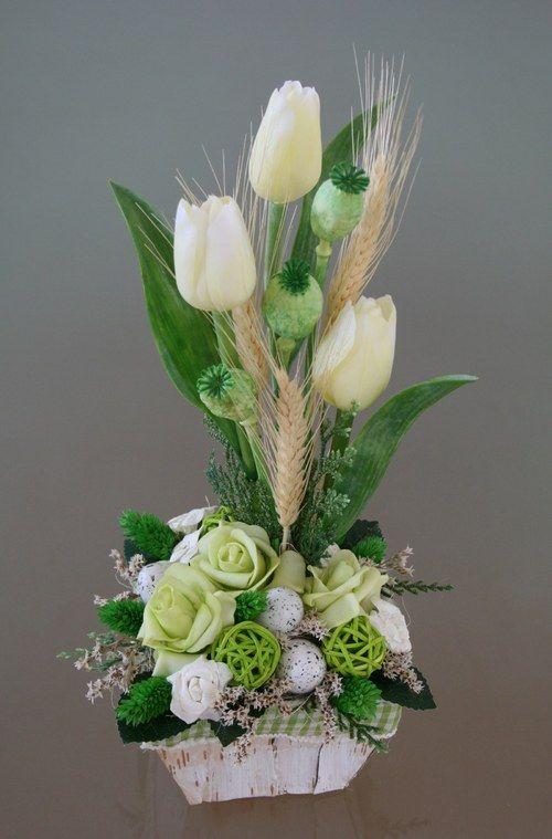 Velikonoční košík s tulipány - v zelenokrémové