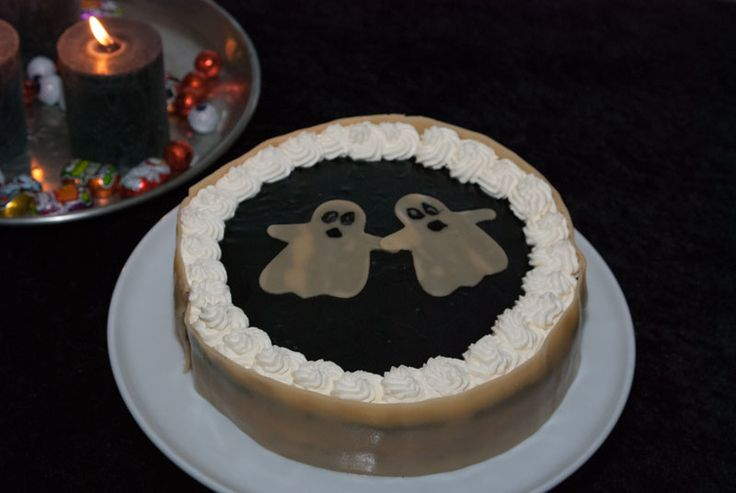 My spooky halloween cake 2014. See more at www.evabyeva.dk