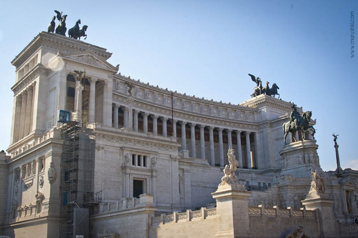 Piazza Venezia, Rome by murushki
