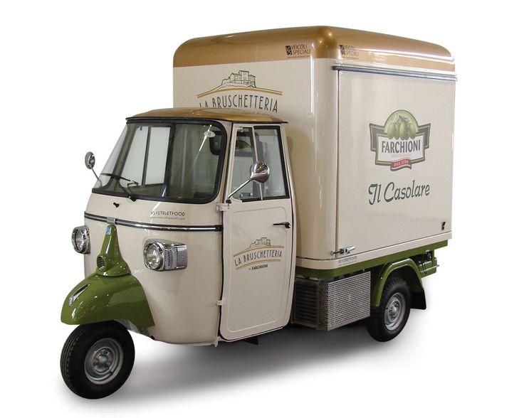 Ape Car Street Food per commercio, pubblicità ed eventi. Allestimenti food truck ape piaggio. Autonegozi ape gelateria. Chiedi un preventivo costi.