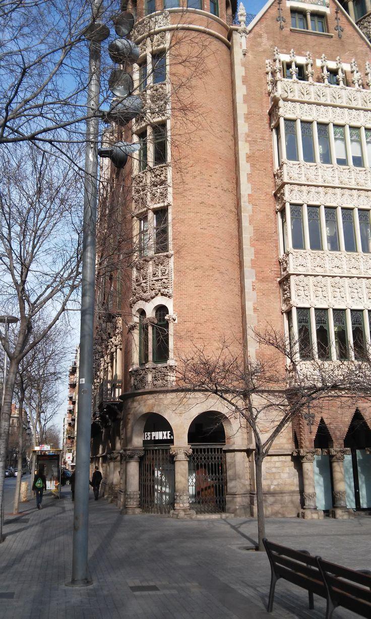 Casa de les Punxes - Josep Puig i Cadafalch