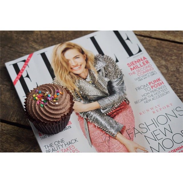 Cupcakes & a magazine to make Monday mornings better....! #cupcakes #cupcakesdelivered #elle #chocolate #monday #morning #melbourne #sydney #brisbane #adelaide #perth # magazine #love #food #foodie #fashion #style #smile