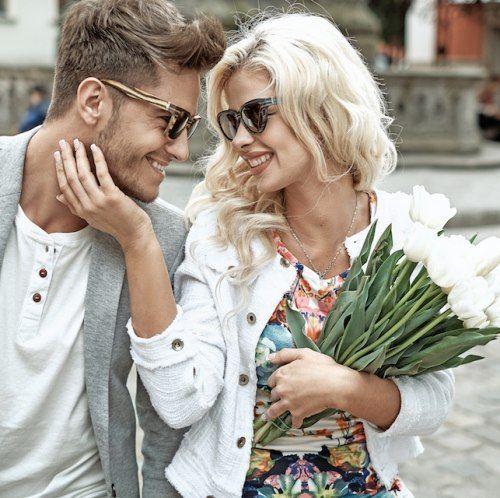 #Buoncompleanno amore mio: perle di saggezza alla dolce metà. Primo: guai a dimenticarselo. Secondo: al bando la banalità. Terzo: viva la citazione colta. Ecco qualche spunto da regalare al partner per il compleanno.