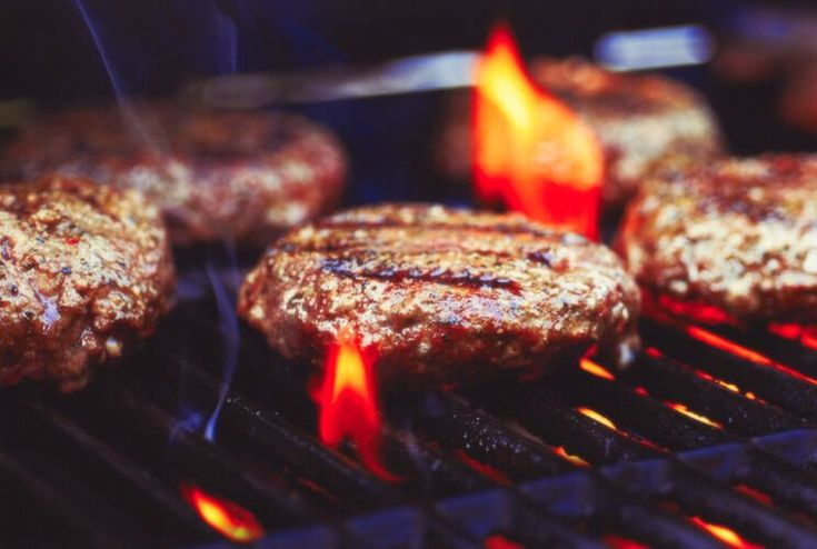 9 Rookie Grilling Mistakes That Ruin Your Meat