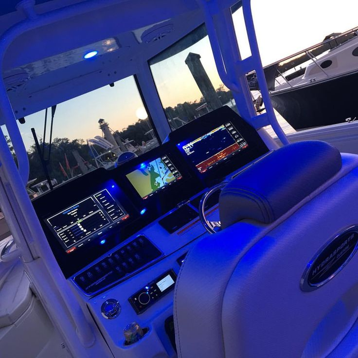 Helm and dash lighting. Center console.