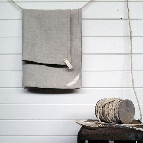 Vignette  ...   Fairweather Design || Banksia Collection || - linen towel set / Herringbone twill