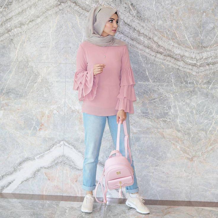 """ถูกใจ 8,445 คน, ความคิดเห็น 30 รายการ -  hijab style icon  (@hijabstyleicon) บน Instagram: """" @saimascorner ♡♡♡♡♡♡♡♡♡♡♡♡♡ #tesettur#hijabfashion #hijabstyle #hijabbeauty #winter…"""""""