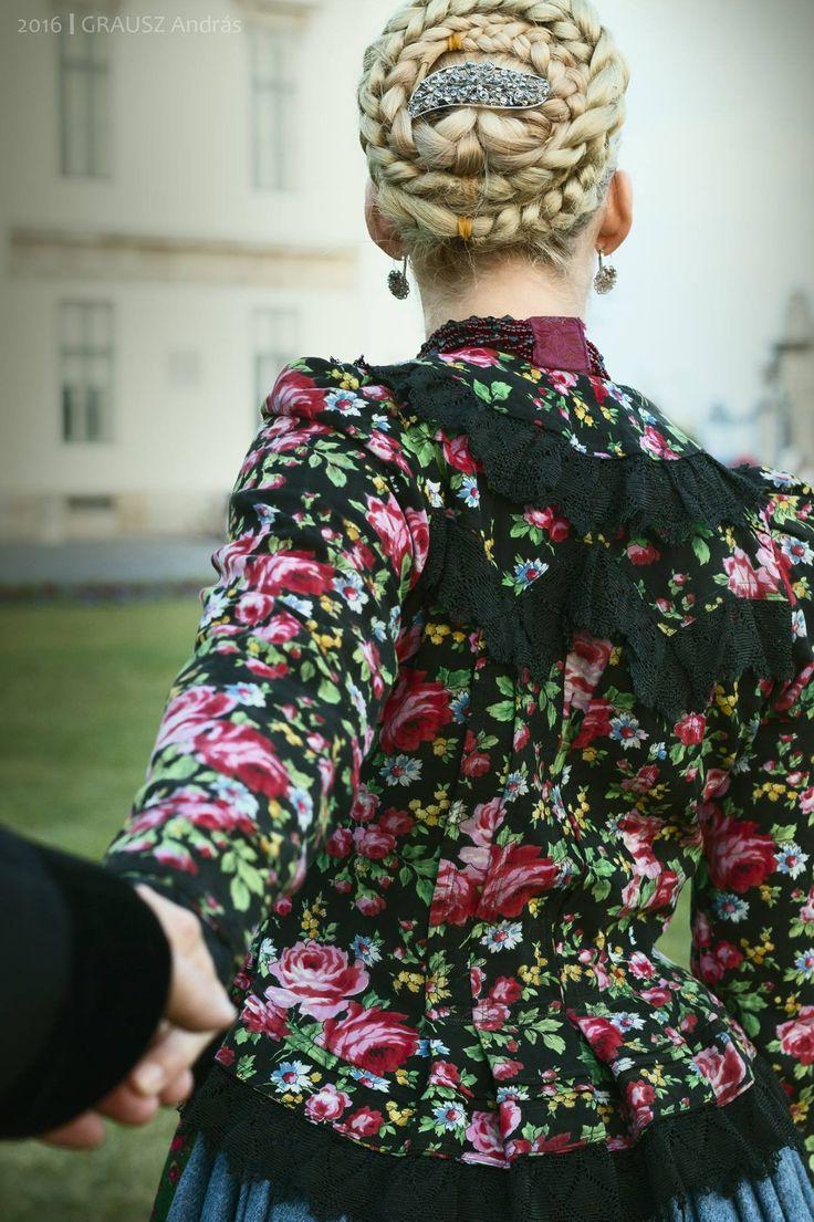 Hungarian spring coat