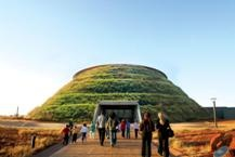 As one of Gauteng's favourite heritage attractions, the award-winning Maropeng visitor centre is a must-visit.