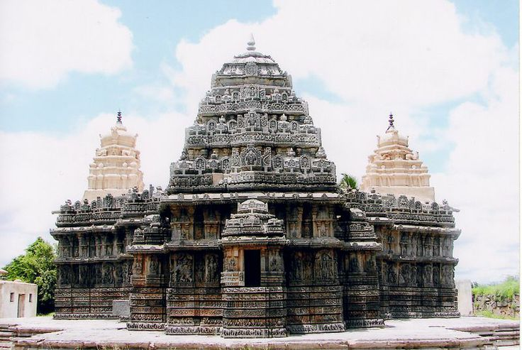 Lakshminarasimha_Temple_at_Nuggihalli