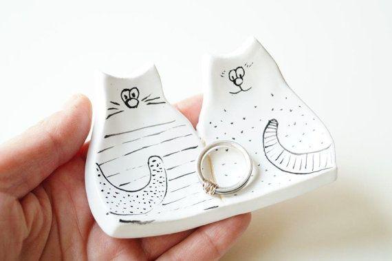 Cat Ring Holder Modern Ring Bearer Pillow Wedding by HerMoments